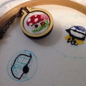 mini embroidery  necklaces or brooches - get your stitch o!